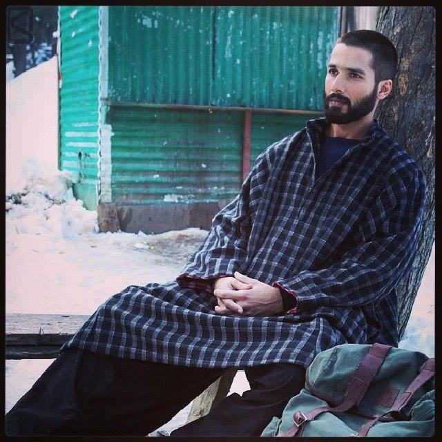 About Pheran And Poots Kashmiri Attires Utsavpedia