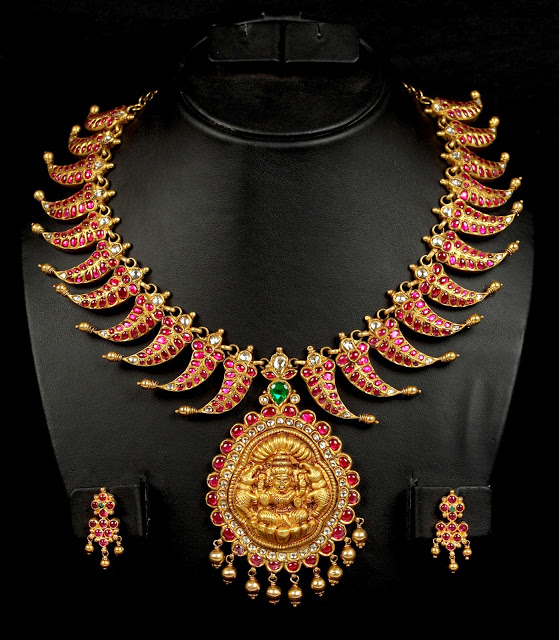 Indian Neckpieces
