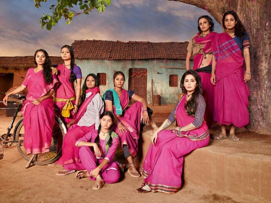 Gulaab Gang – The Story of Women Empowerment