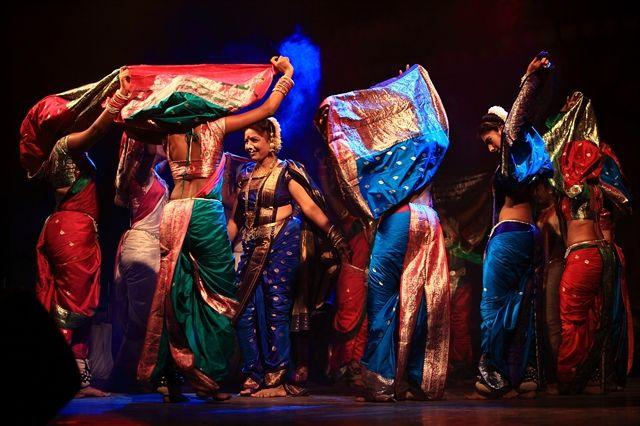 Lavani- Maharashtrian Song and Dance Performance
