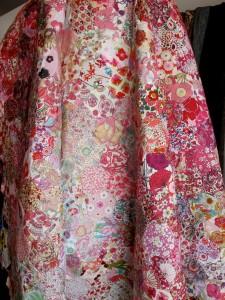 Floral Printed Calico Cloth (Image: http://calicoandivy.blogspot.ca)