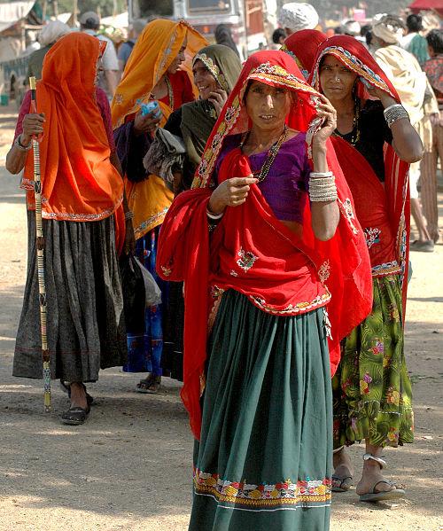 Women in Rajasthani Clothing