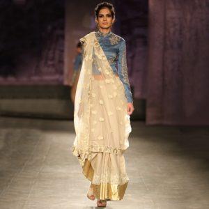 Gujarati Style Saree Draping (Source: Pinterest)