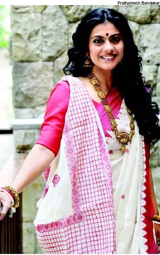 Bollywood Actress Kajol in Bengali Saree