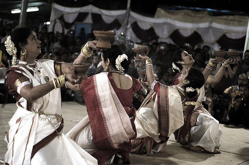 Aarti Dance in Traditional Bengali Attire