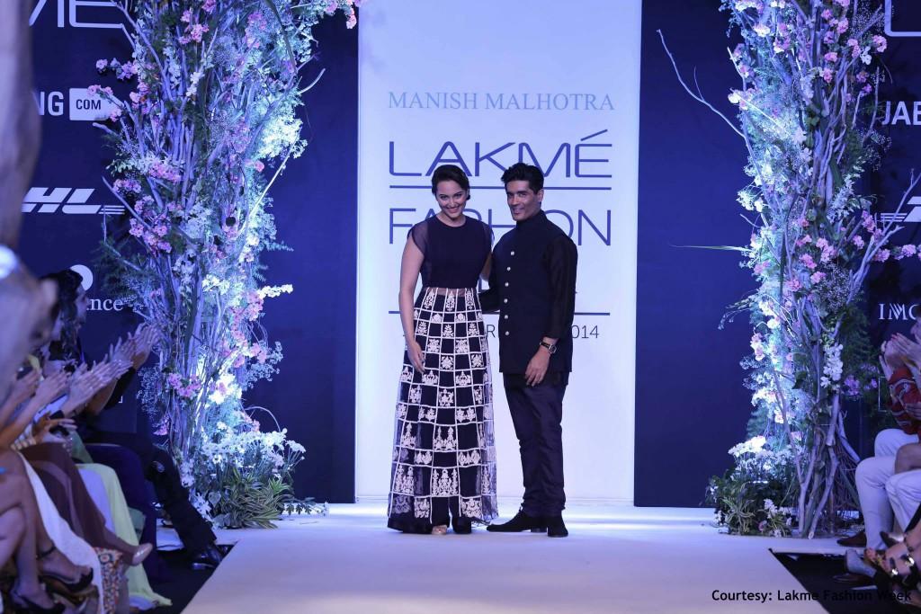 Grand Opening with Manish Malhotra & Sonakshi Sinha
