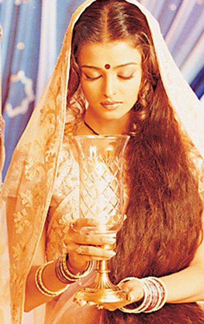 Aishwarya Rai as Paro in Devdas (2002) (Source: sulekha.com)