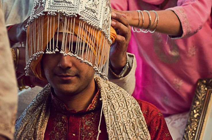 Sehra: A Traditional Head Dress For Indian Grooms