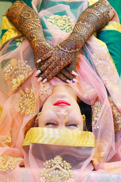 Indian Bride And Her Mehendi (Source: Pinterest)