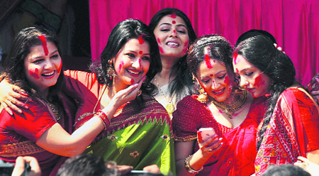 Women celebrating Dusshera