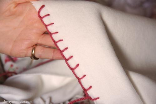 Blanket Stitch (Image: Cherrymenlove)