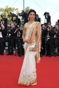 Nivi style saree (Image: ybermasscomedia.blogspot.in)