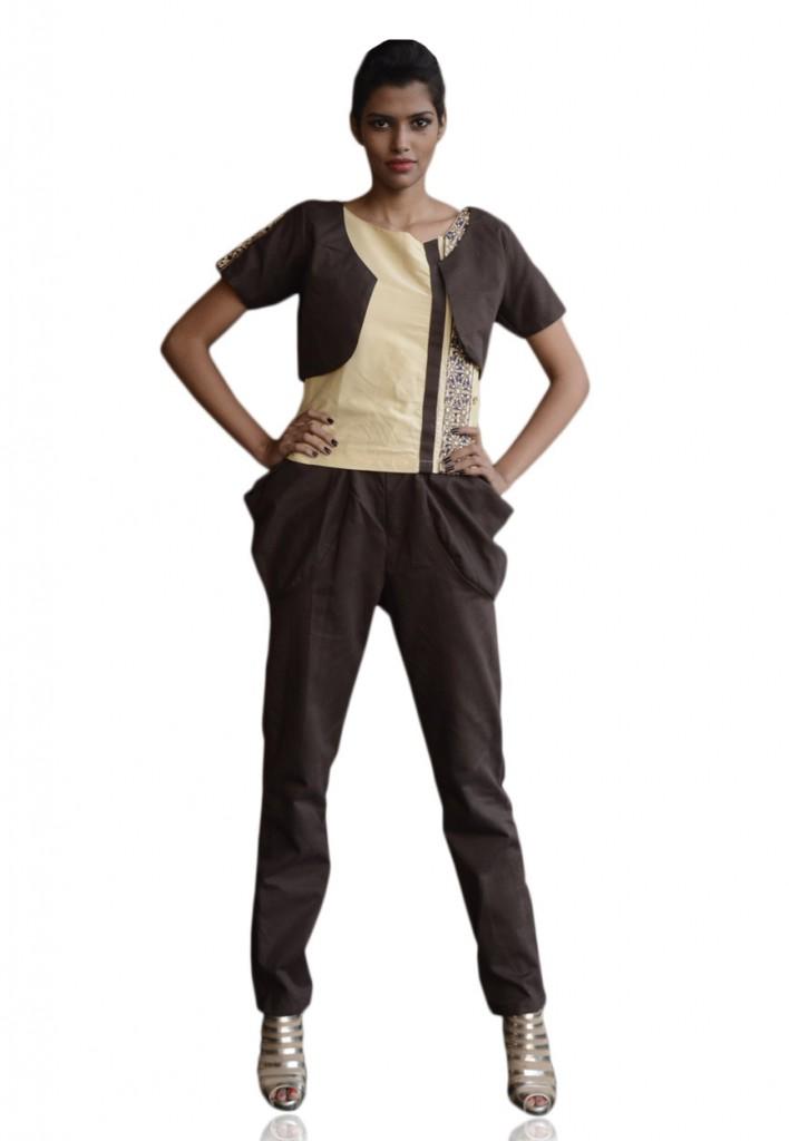 Jodhpuri Pants (Image: Utsav Fashion)