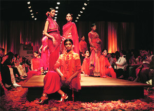 Kumbh Mela Inspired Indian Ethnic Fashion (Image: http://static.indianexpress.com)