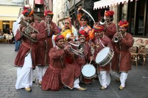 Rajputana Baraat (Image: http://www.theindianweddingblog.com)