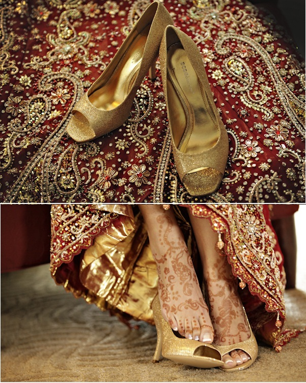 Sandals to go with bridal sarees or lehengas. (Image: Weddingseve.com)